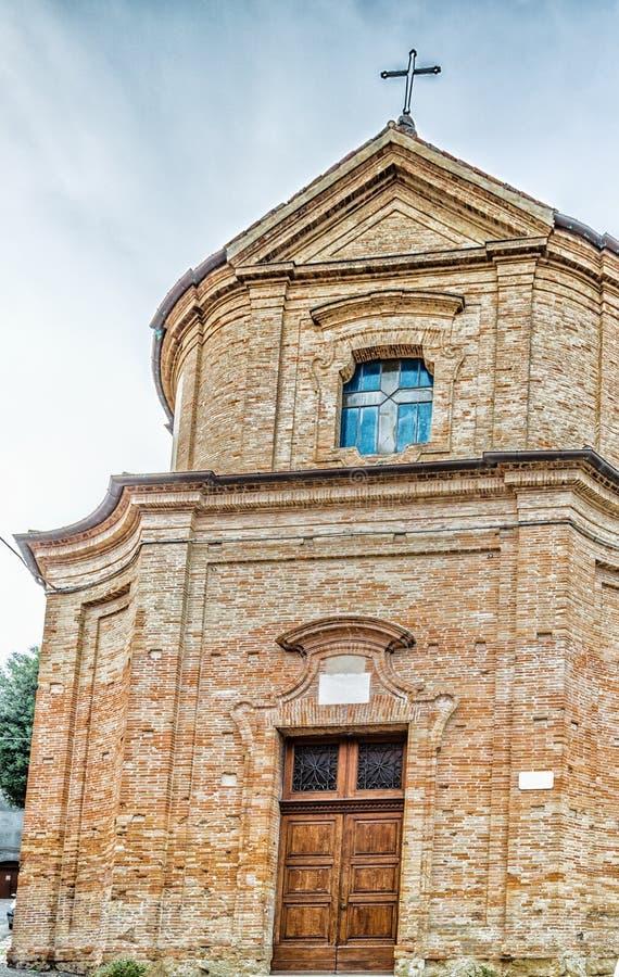 Iglesia católica de San Silvestro en Bertinoro en Italia fotografía de archivo