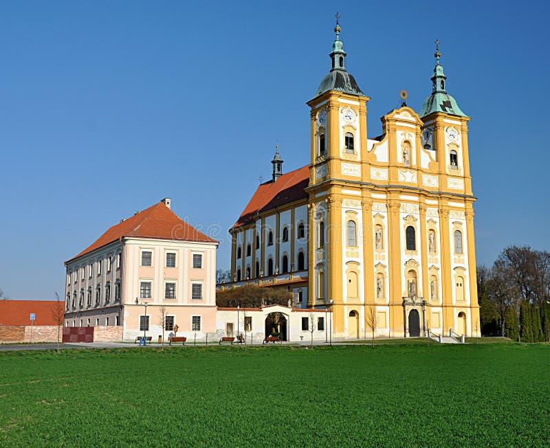 Iglesia católica, el pueblo de la copia, Moravia, República Checa, Europa imagen de archivo