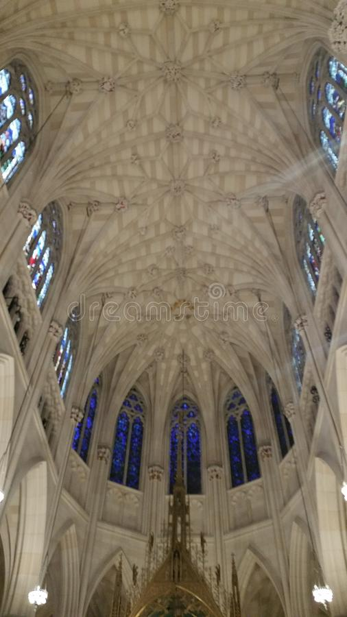 Iglesia católica NYC del ` s de St Patrick imagenes de archivo