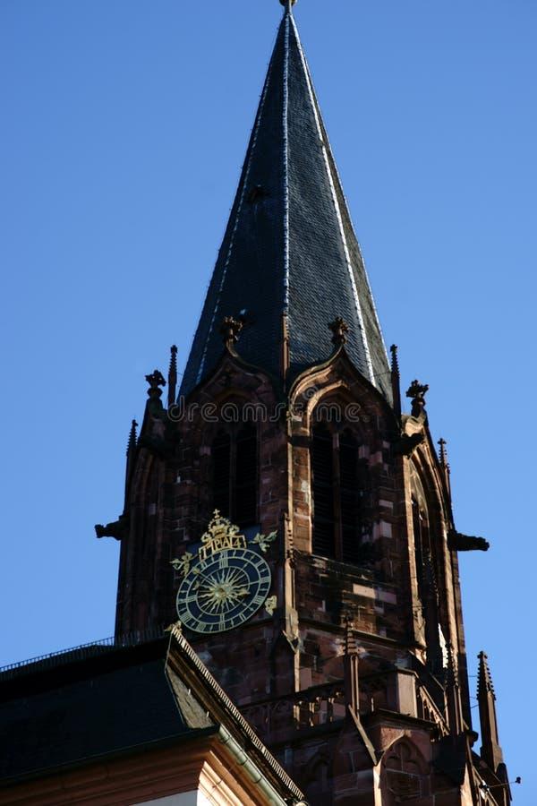 Iglesia colegial de la torre de San Pedro y de Alexander Aschaffenburg imagen de archivo libre de regalías