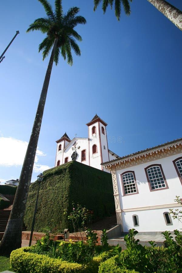 Iglesia colonial imagenes de archivo