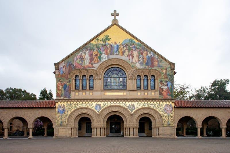 Iglesia conmemorativa en Stanford El ataque frontal fotos de archivo