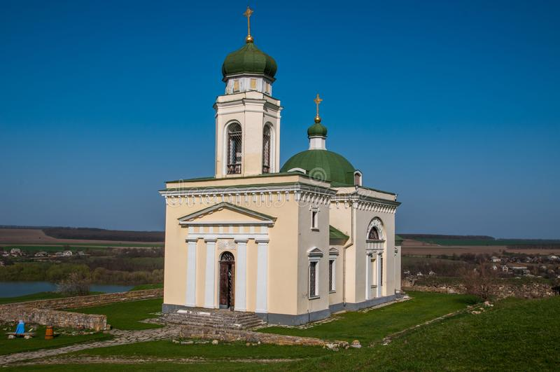 Iglesia de Alexander Nevsky, fortaleza de Khotyn imagen de archivo