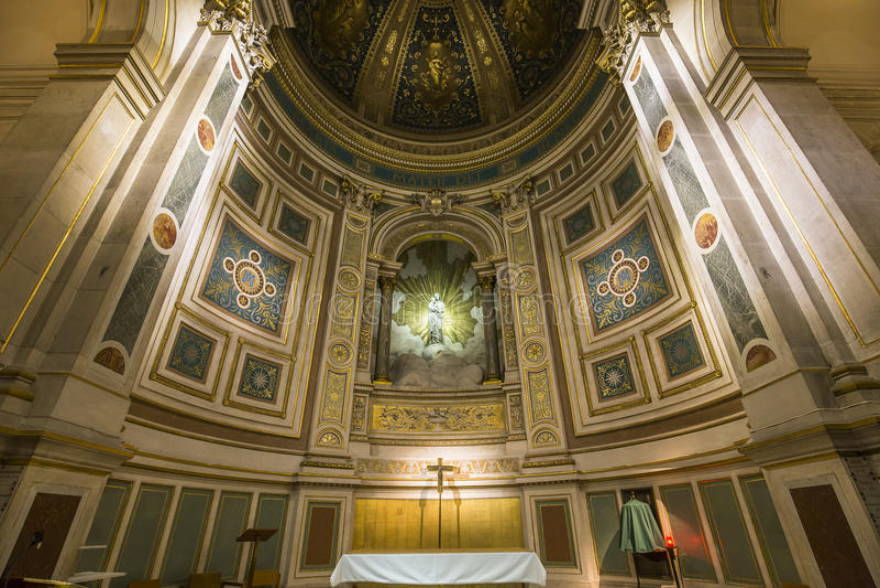 Iglesia de Francois Xavier del santo, París, Francia fotos de archivo