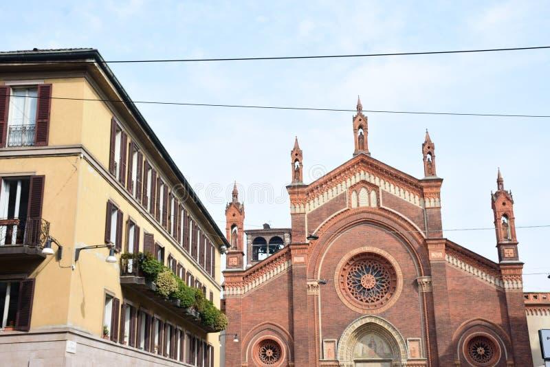 Iglesia de Grazie del delle de Santa María en Milano Recibe la pintura de Leonardo da Vinci Italia imagenes de archivo