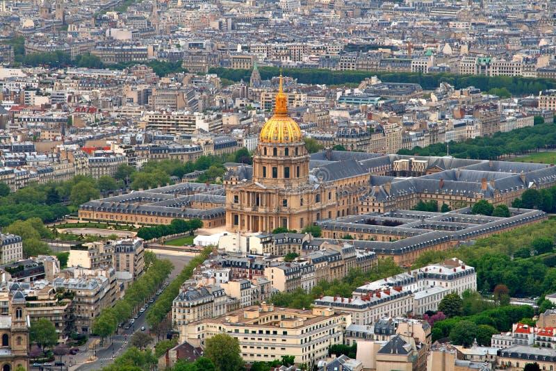 Iglesia de la bóveda en Les Invalides fotografía de archivo libre de regalías