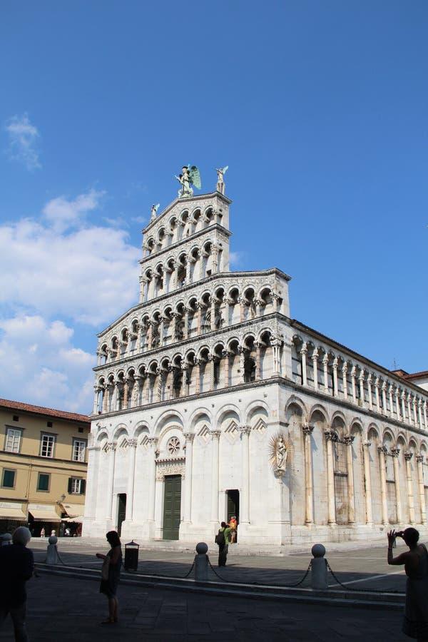 Iglesia de la basílica de San Micaela in foro - Roman Catholic en Lucca fotografía de archivo