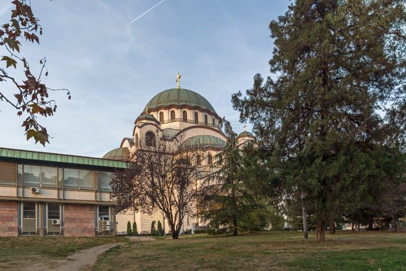 Iglesia de la catedral del santo Sava en el centro de la ciudad de Belgrado, Serbia fotografía de archivo
