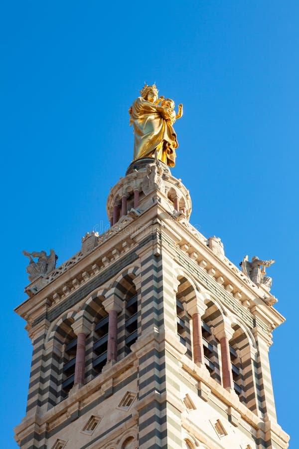 Iglesia de la catedral de Notre Dame De La Garde en Marsella - Francia imágenes de archivo libres de regalías