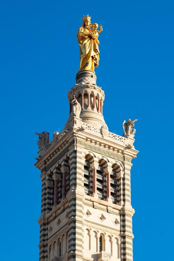 Iglesia de la catedral de Notre Dame De La Garde en Marsella - Francia foto de archivo libre de regalías