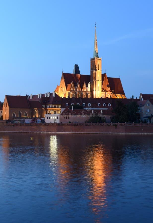 Iglesia de la cruz y del St Bartholomew santos en Wroclaw, Polonia imagenes de archivo