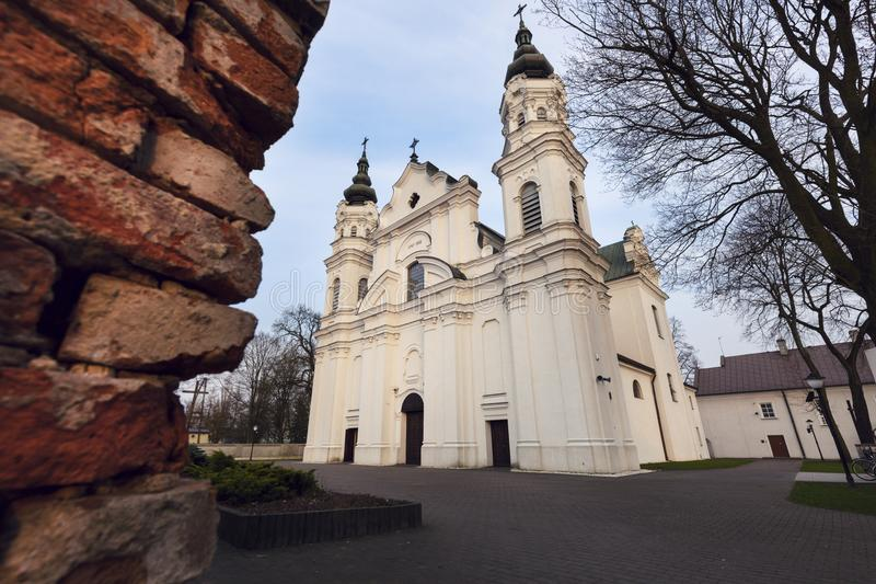 Iglesia de la natividad de la Virgen María bendecida en Biala Podla imagen de archivo