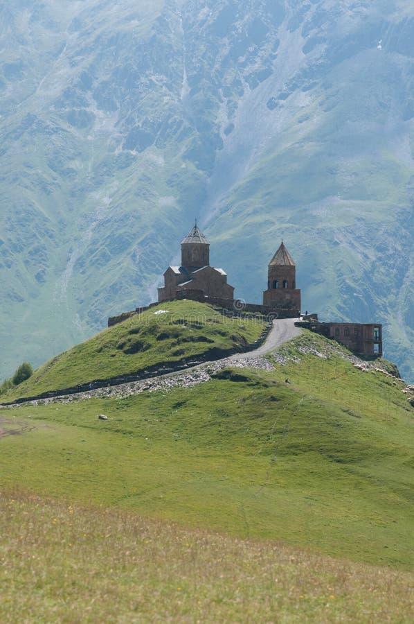 Iglesia de la trinidad santa - Georgia imagen de archivo