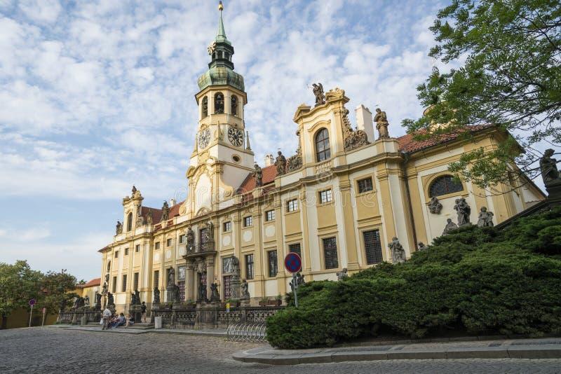 Iglesia de Loreta en Praga fotos de archivo