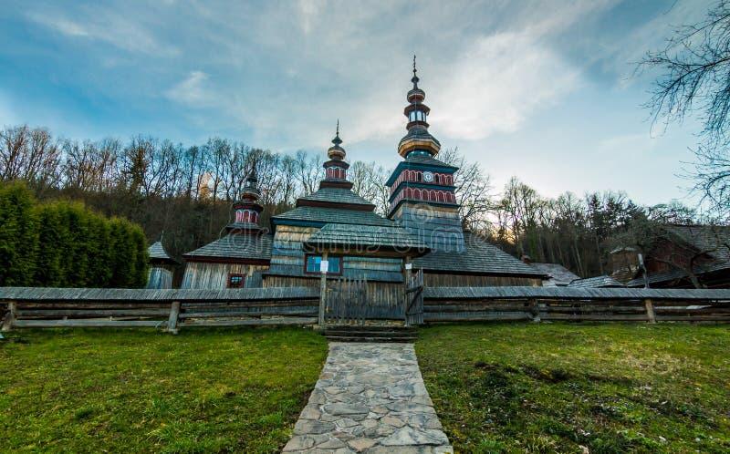Iglesia de madera en el balneario de Bardejovske foto de archivo libre de regalías