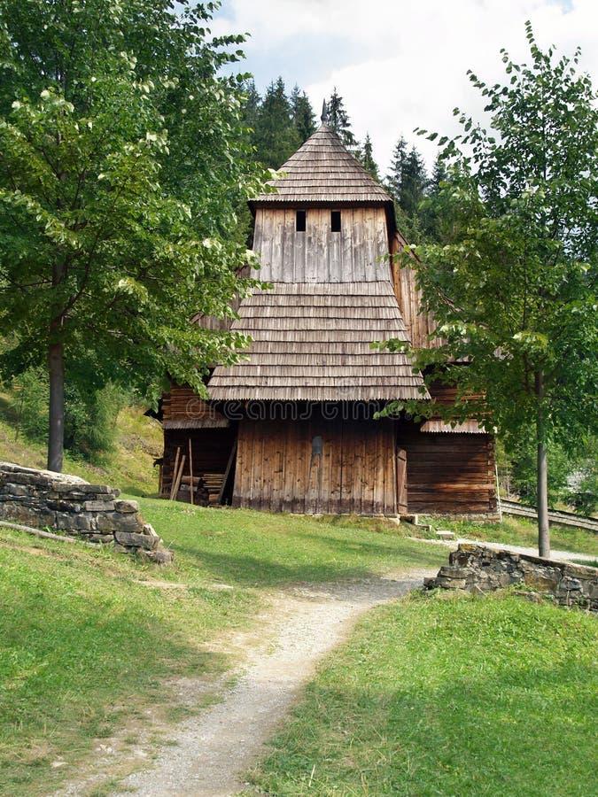 Iglesia de madera rara en Zuberec foto de archivo libre de regalías