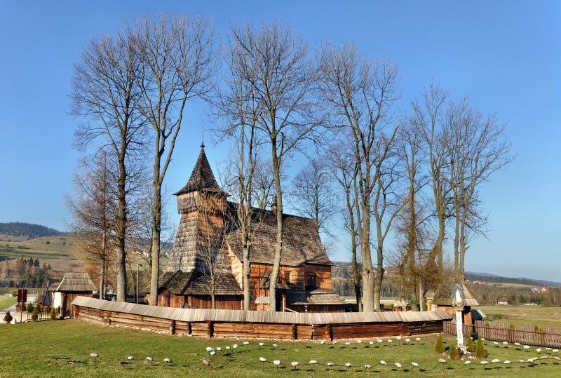 Iglesia de madera vieja en Debno, Polonia foto de archivo