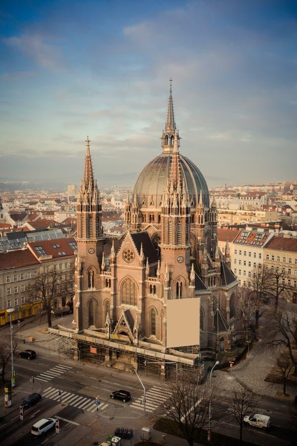 Iglesia de Maria Vom Siege en Wien - Viena Austria imágenes de archivo libres de regalías