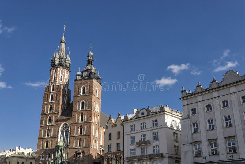 Iglesia de Mariacki en Kraków fotos de archivo