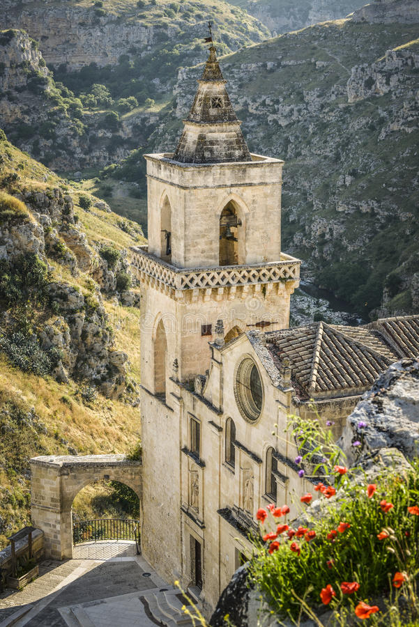 Download Iglesia de Matera, Italia foto de archivo. Imagen de señal - 41909088