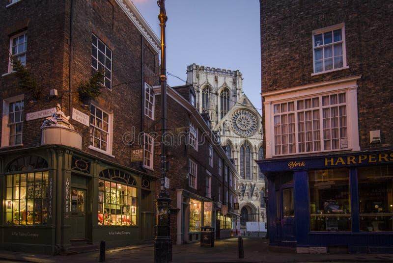 Iglesia de monasterio de York en el amanecer fotografía de archivo
