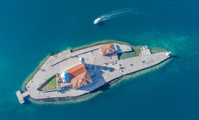 Iglesia de nuestra señora de las rocas, Perast, Montenegro fotos de archivo libres de regalías