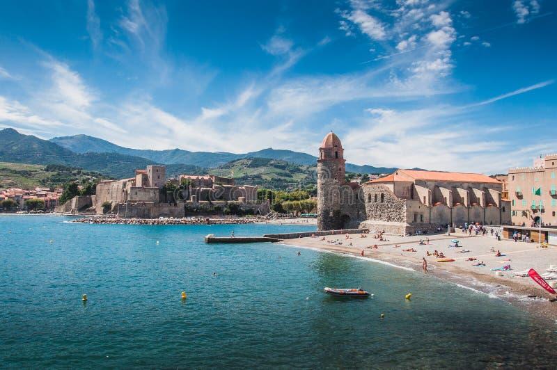 Iglesia de nuestra señora de los ángeles en Collioure, Francia imagen de archivo libre de regalías