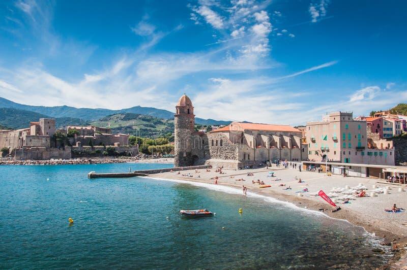 Iglesia de nuestra señora de los ángeles en Collioure, Francia foto de archivo libre de regalías