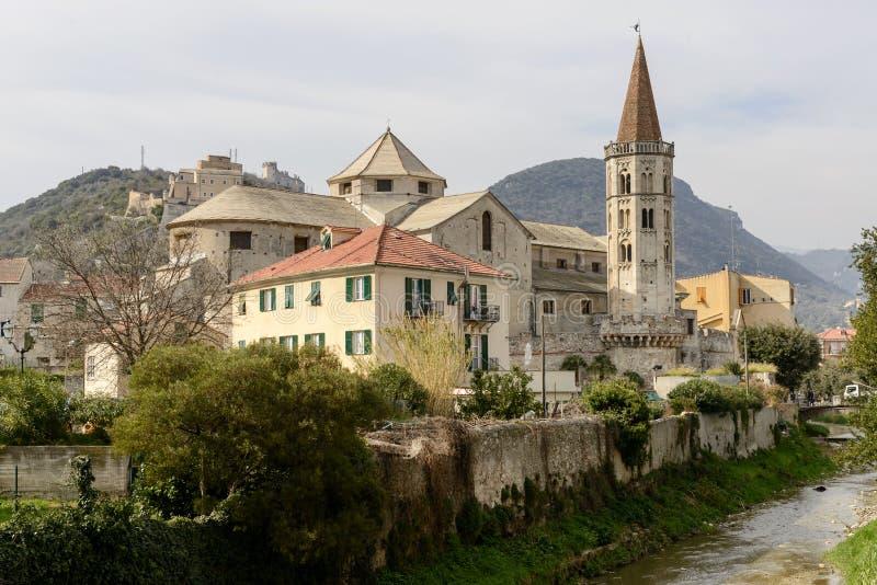 Iglesia de San Biagio, Finalborgo, Italia foto de archivo libre de regalías