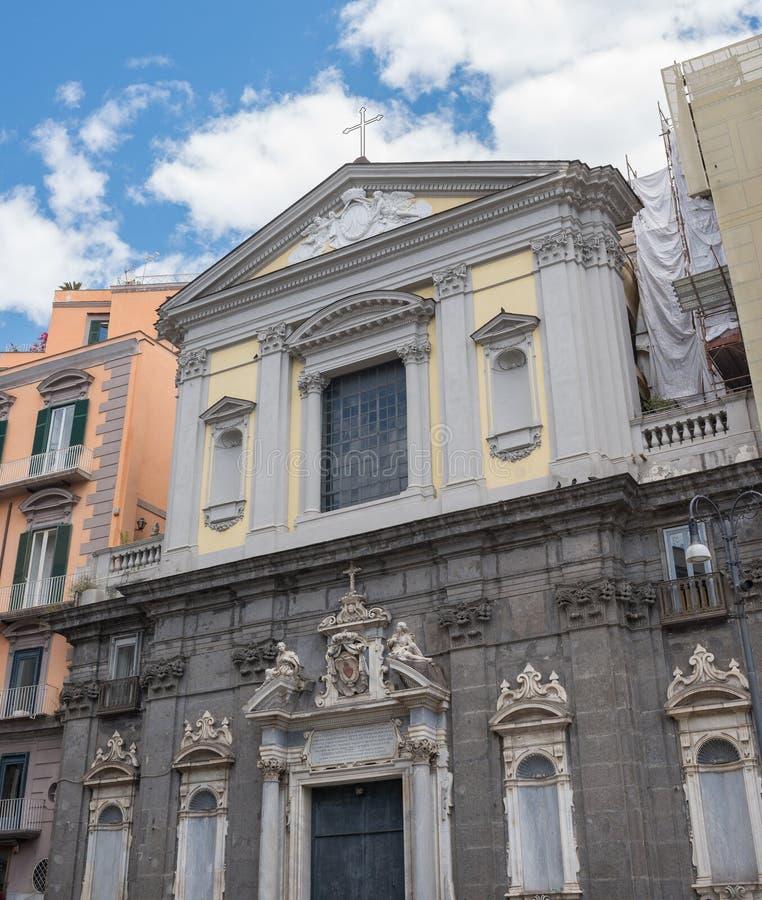 Iglesia de San Ferdinando en Nápoles - Italia fotos de archivo