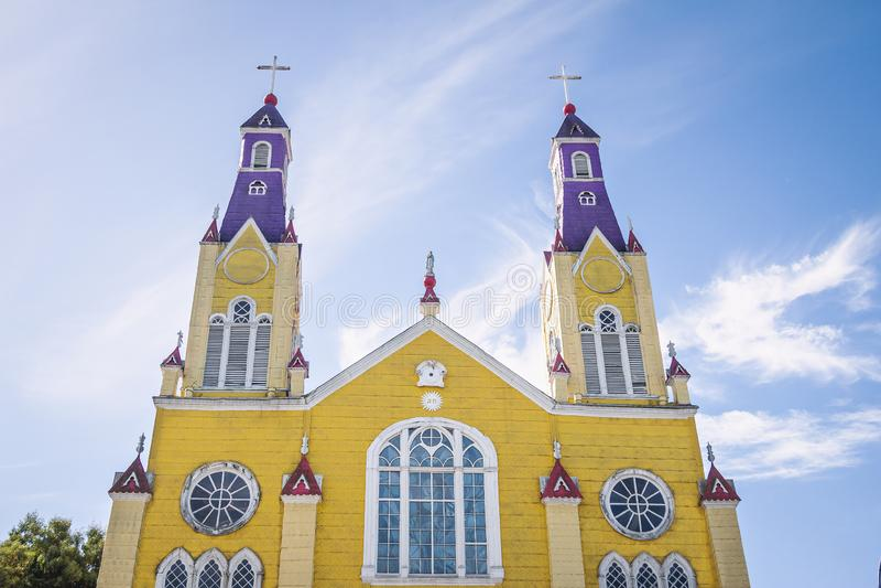 Iglesia de San Francisco en la plaza de Armas Square - Castro, isla de Chiloe, Chile fotos de archivo libres de regalías