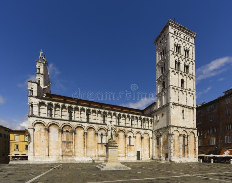 Iglesia de San Micaela in foro, plaza San Micaela, Lucca, Toscana, foto de archivo libre de regalías