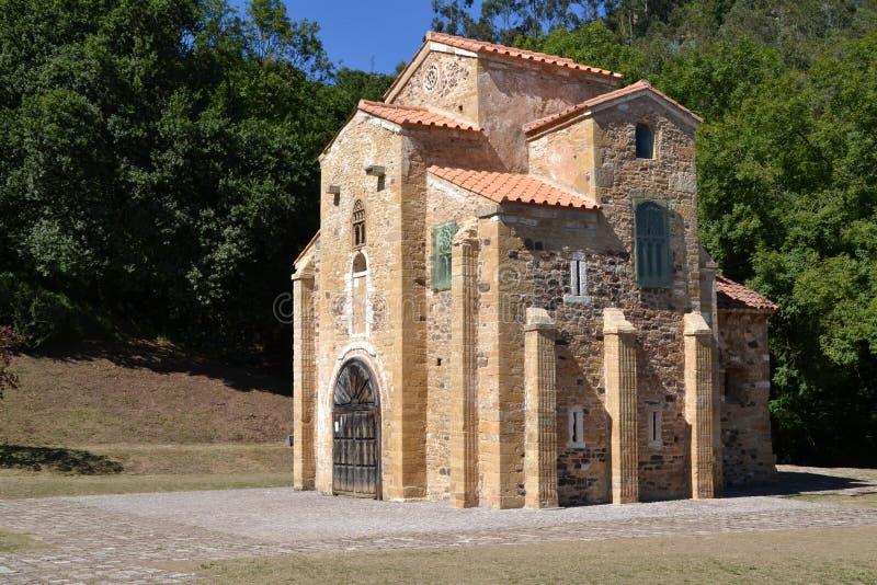 Iglesia de San Miguel de Lillo imagenes de archivo