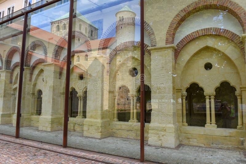 Iglesia de San Miguel en Hildesheim en Alemania imagen de archivo