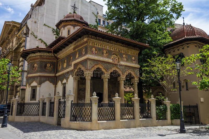 Iglesia de San Miguel y de Gabriel en Bucuresti, Rumania foto de archivo