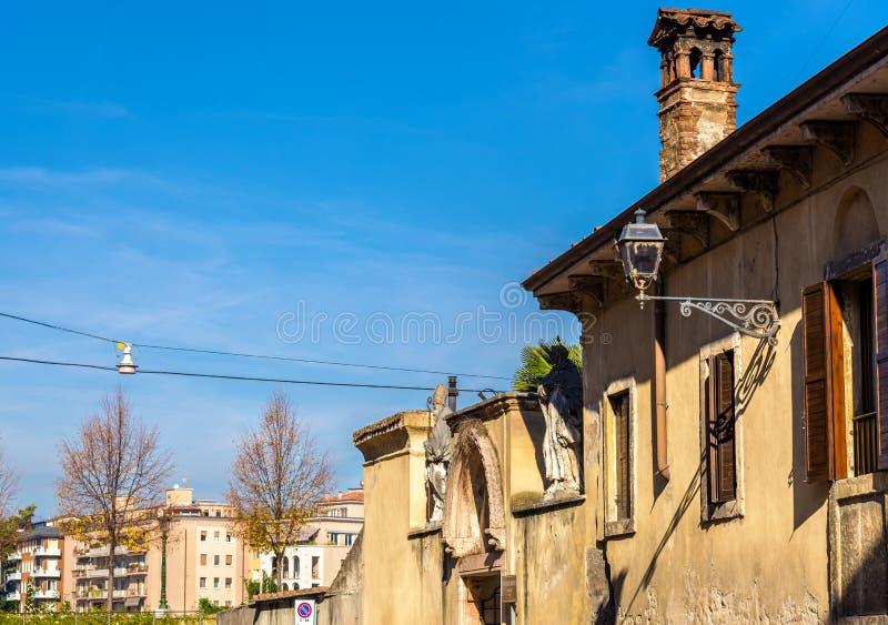 Iglesia de San Zeno en oratorio - Verona imagenes de archivo