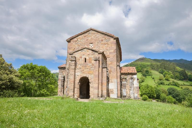Iglesia de Santa Cristina de Lena foto de archivo