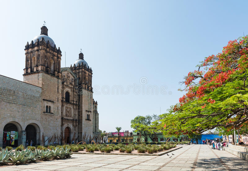 Iglesia de Santo Domingo de Guzman en Oaxaca, México fotos de archivo
