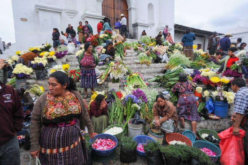 Iglesia de Santo Tomas en Chichicastenango imagen de archivo
