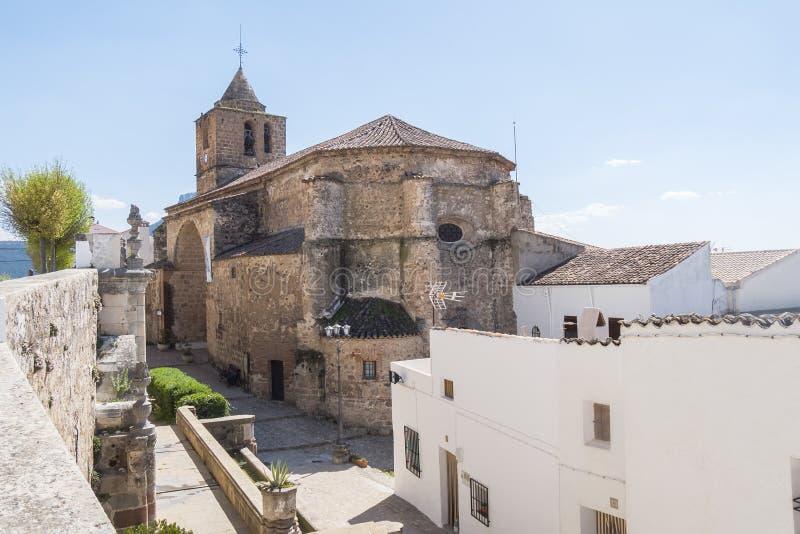 Iglesia de Segura de la Sierra, Jaén, España imagenes de archivo