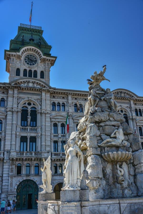 Iglesia de Spyridon del santo en Trieste, Italia imagenes de archivo