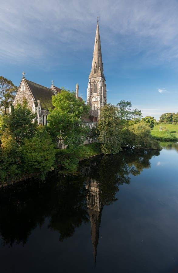 Iglesia de St Albans en Copenhague Dinamarca imágenes de archivo libres de regalías