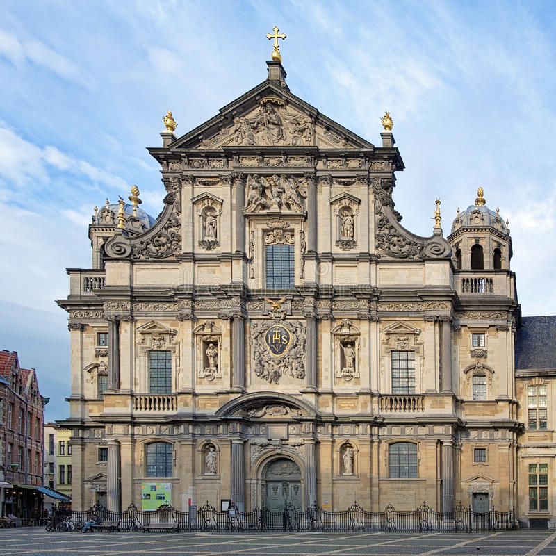 Iglesia de St. Charles Borromeo en Amberes, Bélgica fotografía de archivo