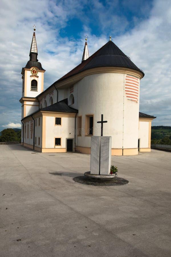 Iglesia de St Mohor y de St Fortunatus en el emberk del ¾ del uÅ del ½ de Å, Eslovenia fotografía de archivo libre de regalías