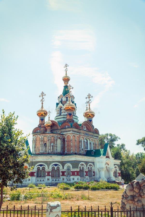 Iglesia de St Sergius de Radonezh en Chapaevsk imagen de archivo libre de regalías
