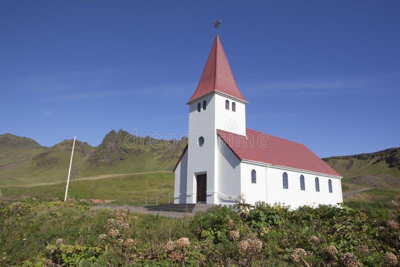 Iglesia de Vik Islandia fotografía de archivo
