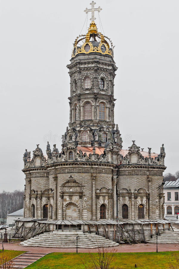 Iglesia de Znamenskaya en el Podolsk foto de archivo libre de regalías