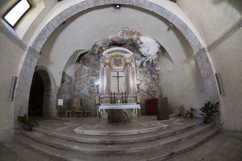 Iglesia del delle Grotte de Madonna en Antrodoco Rieti, Italia foto de archivo libre de regalías