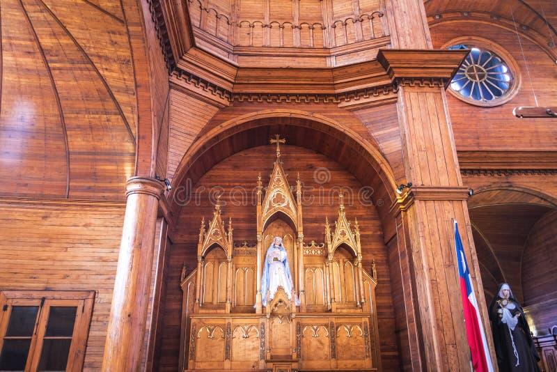 Iglesia del interior de San Francisco - Castro, isla de Chiloe, Chile fotografía de archivo