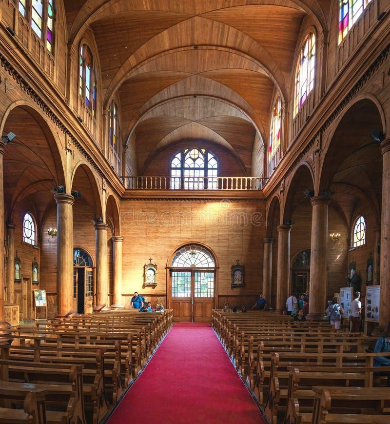Iglesia del interior de San Francisco - Castro, isla de Chiloe, Chile fotos de archivo